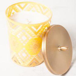 "<span class=""credit""><b>Illume</b> Amber Dunes Candle at <b>Flock</b>, <a href=""http://www.flockboston.com/amber-dunes-candle.html"">$30</a></span><p>"