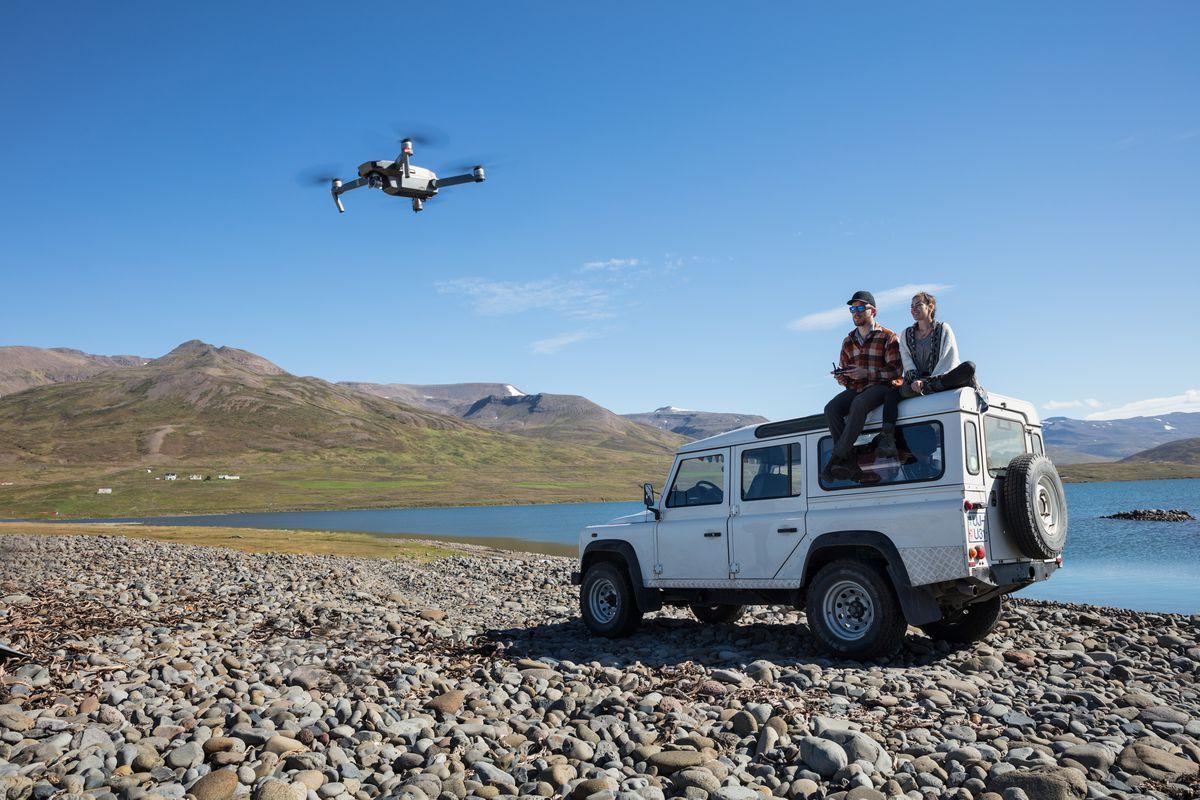 e29e9c1ca00 DJI's new Mavic Pro Platinum drone is unbelievably quiet - The Verge