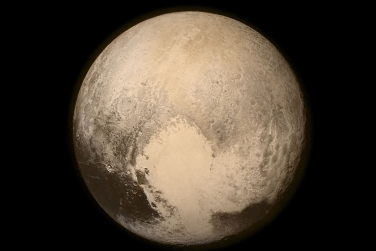 Watch: Here's what it's like to fly past Pluto in a rocket ship