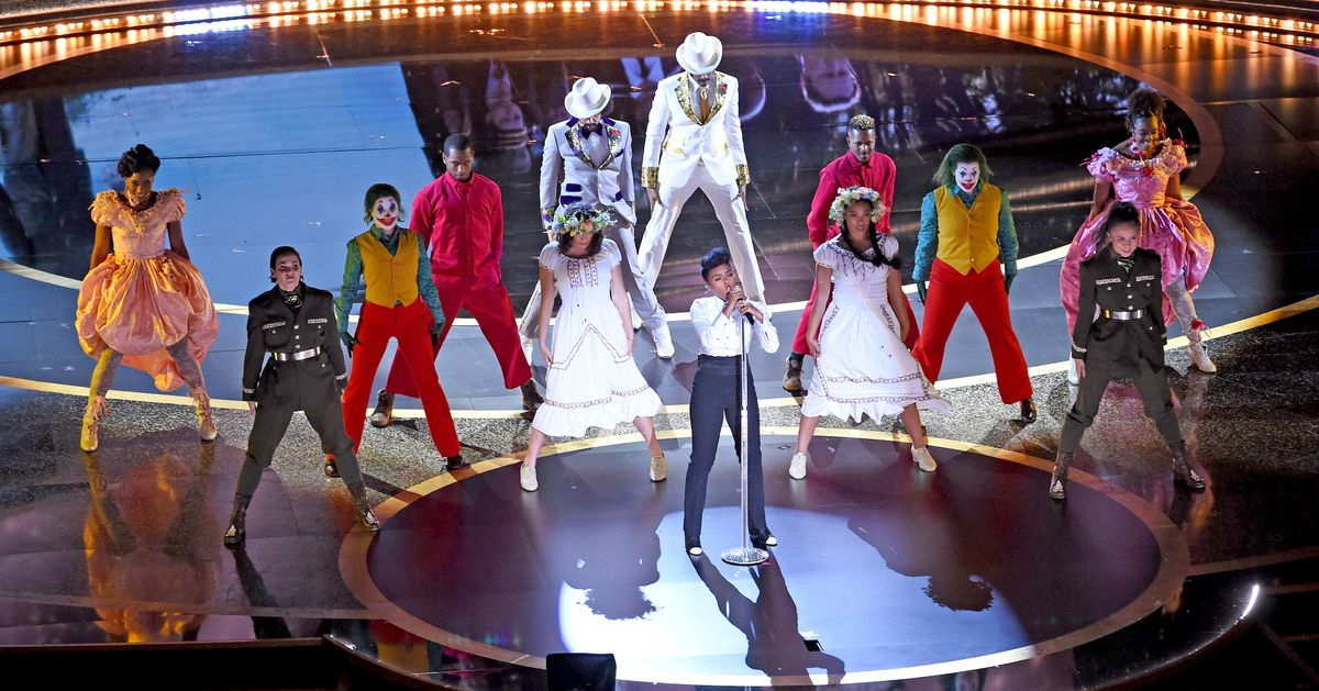 The 2020 Oscars kicked off with Janelle Monáe and dancing Jokers