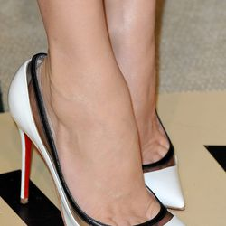 Ooh, look at Diane's Loubs.