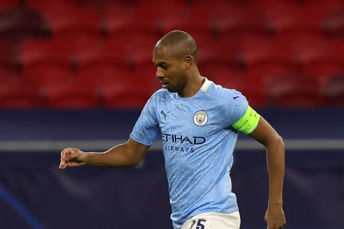 Fernandinho Likely to Leave Manchester City This Summer - report - Bitter  and Blue