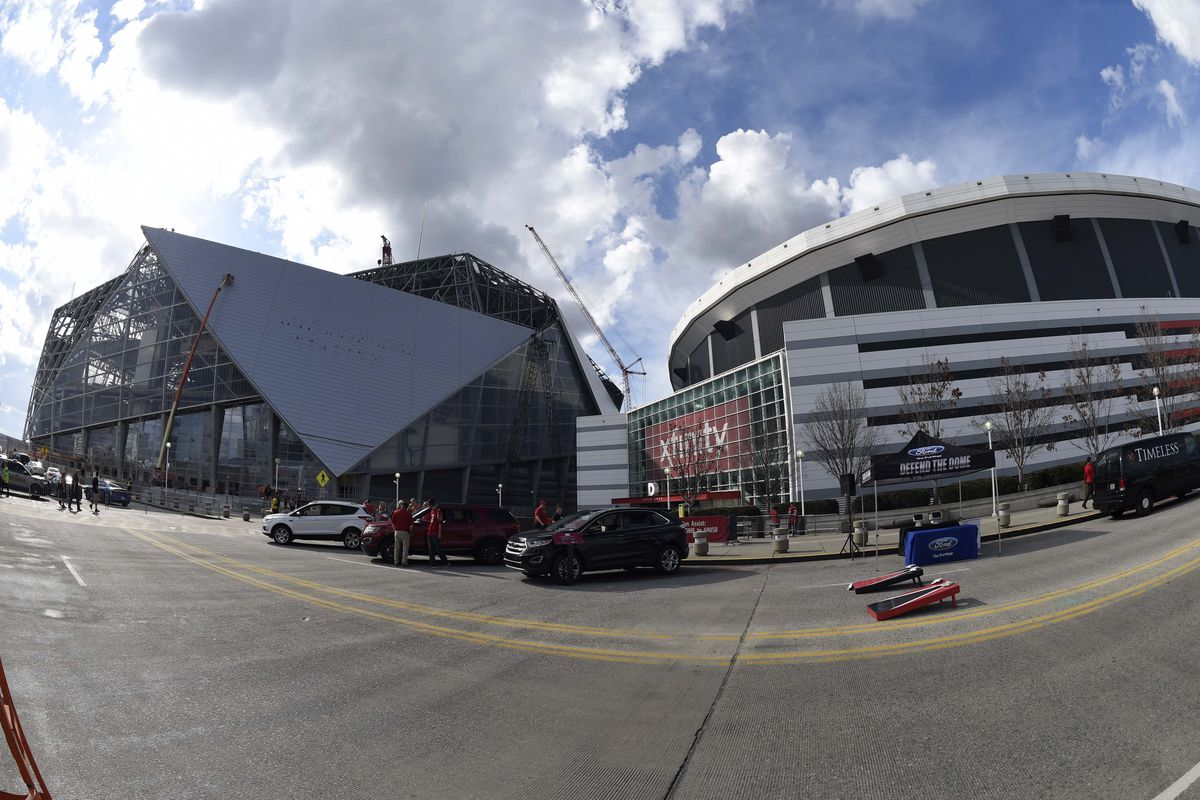 Delays in construction of mercedes benz stadium make for Mercedes benz dome