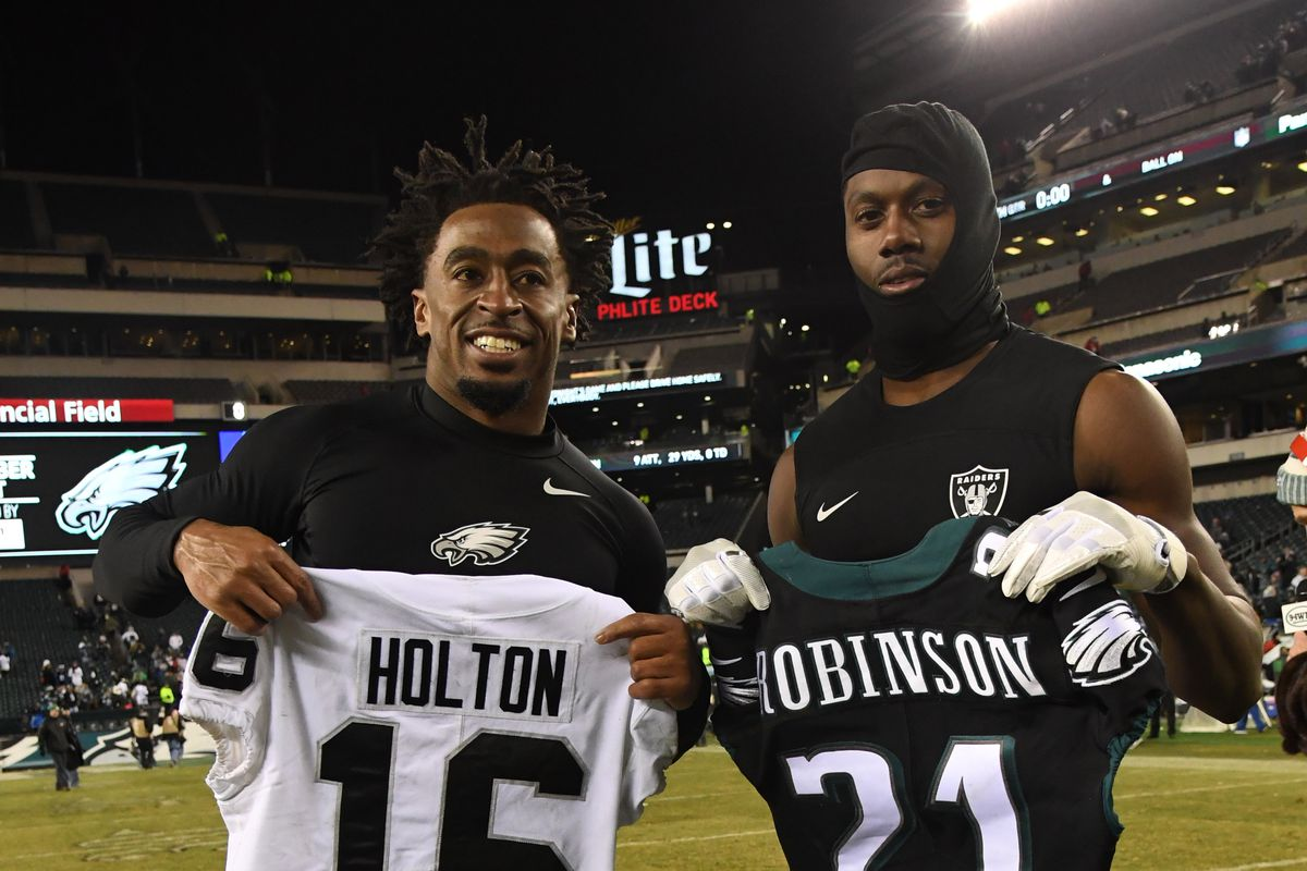 competitive price 619b5 e7901 Eagles sign two speedy wide receivers to reserve/future ...
