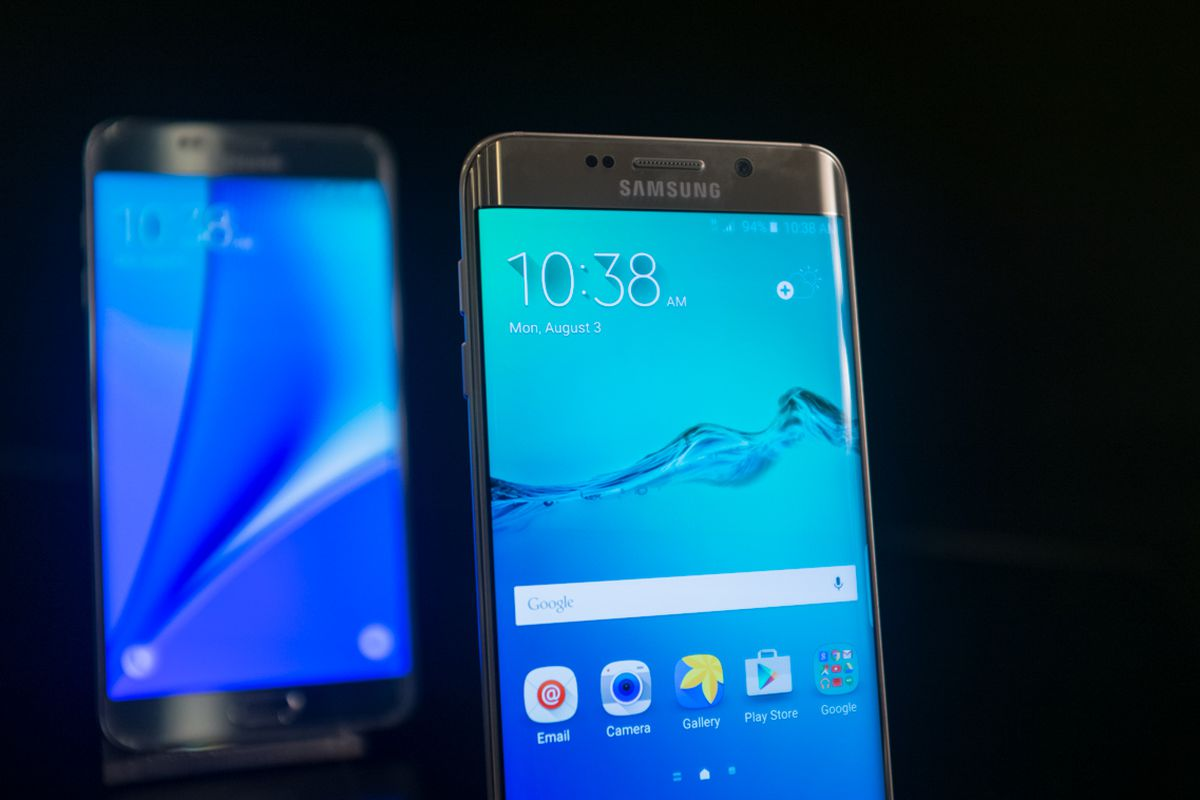 Samsung's Latest Galaxy Note 5 Could Be the End of the High-Priced Phablet