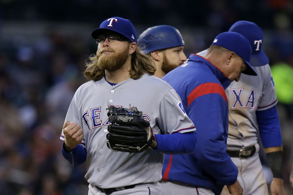 Rangers RHP Griffin leaves start vs. Blue Jays