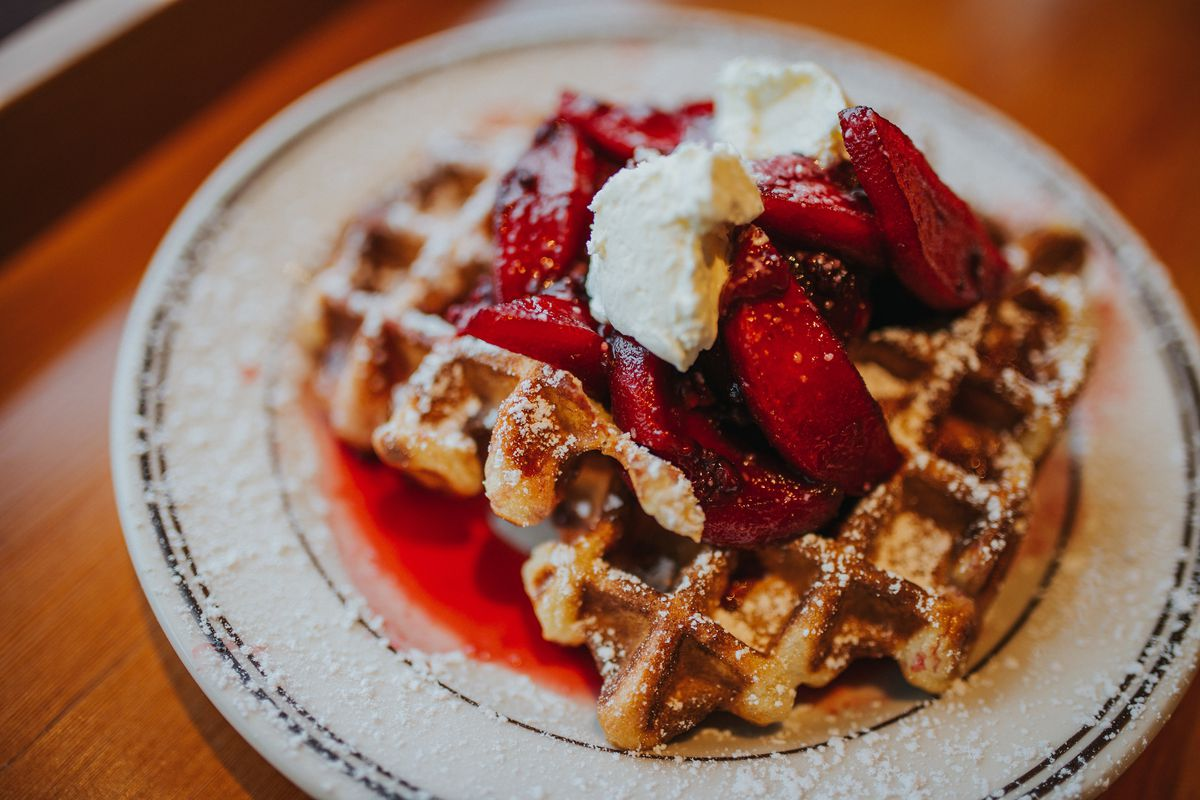 Beeswing waffles with fruit