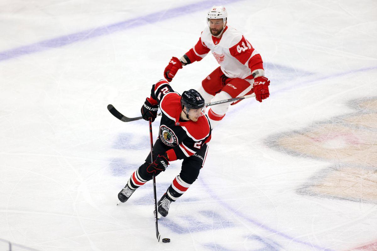 NHL: FEB 28 Red Wings at Blackhawks