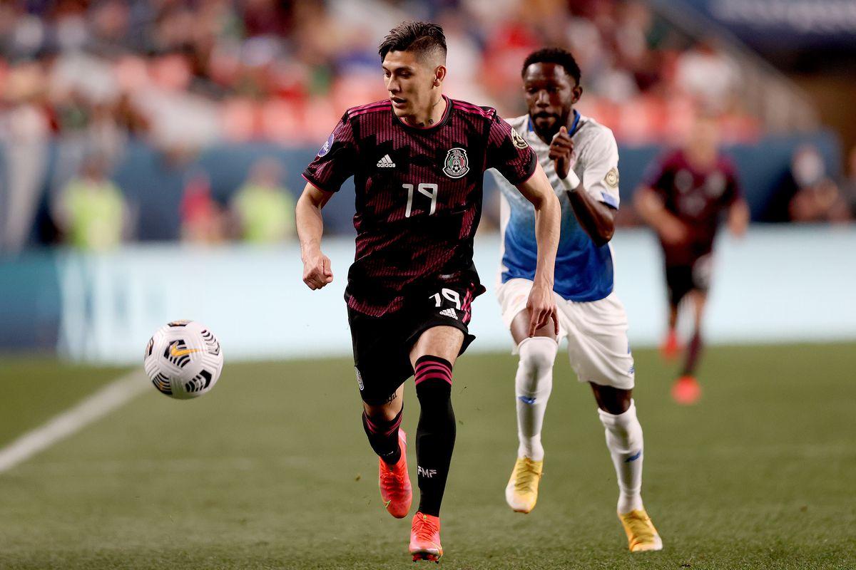 Mexico v Costa Rica: Semifinals - CONCACAF Nations League Finals