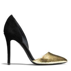 "<a href=""http://f.curbed.cc/f/Coach_SP_110713_Hollis"">Hollis Heel</a> in gold/black, $198"