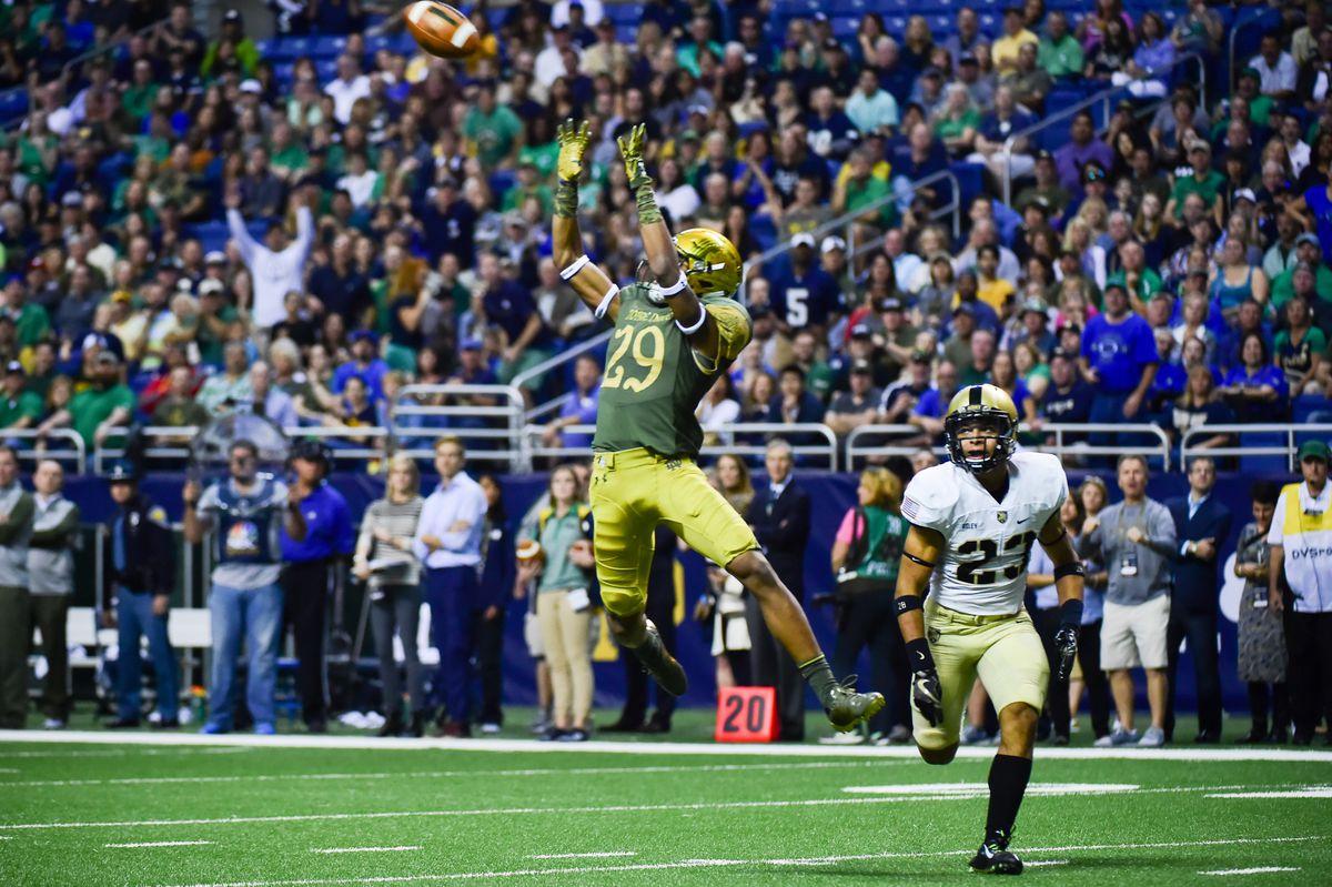 NCAA FOOTBALL: NOV 12 Shamrock Series - Army v Notre Dame