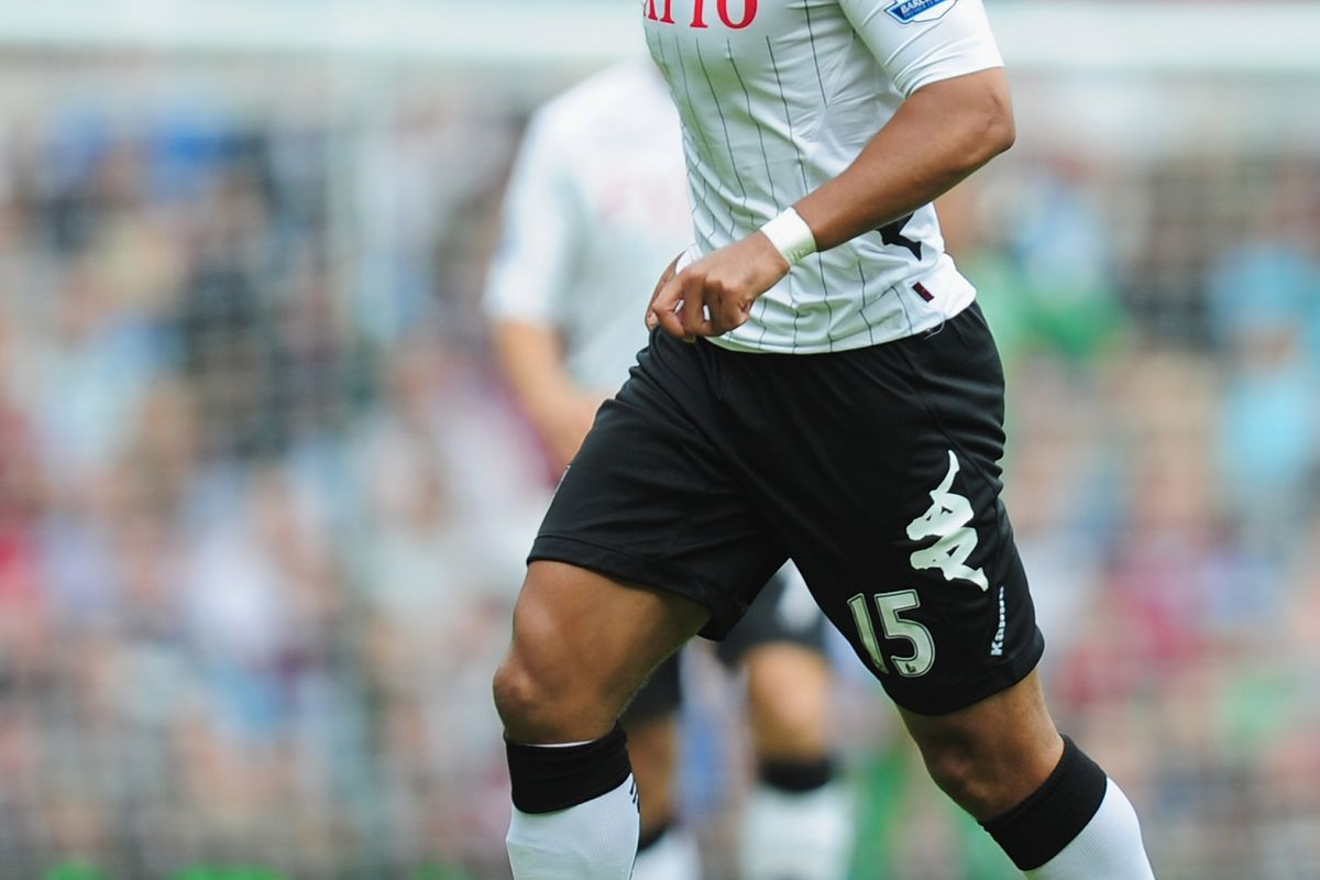 LONDON, ENGLAND - SEPTEMBER 01:  Kieran Richardson of Fulham in action during the Barclays Premier League match between West Ham United and Fulham at the Boleyn Ground on September 1, 2012 in London, England.  (Photo by Jamie McDonald/Getty Images)