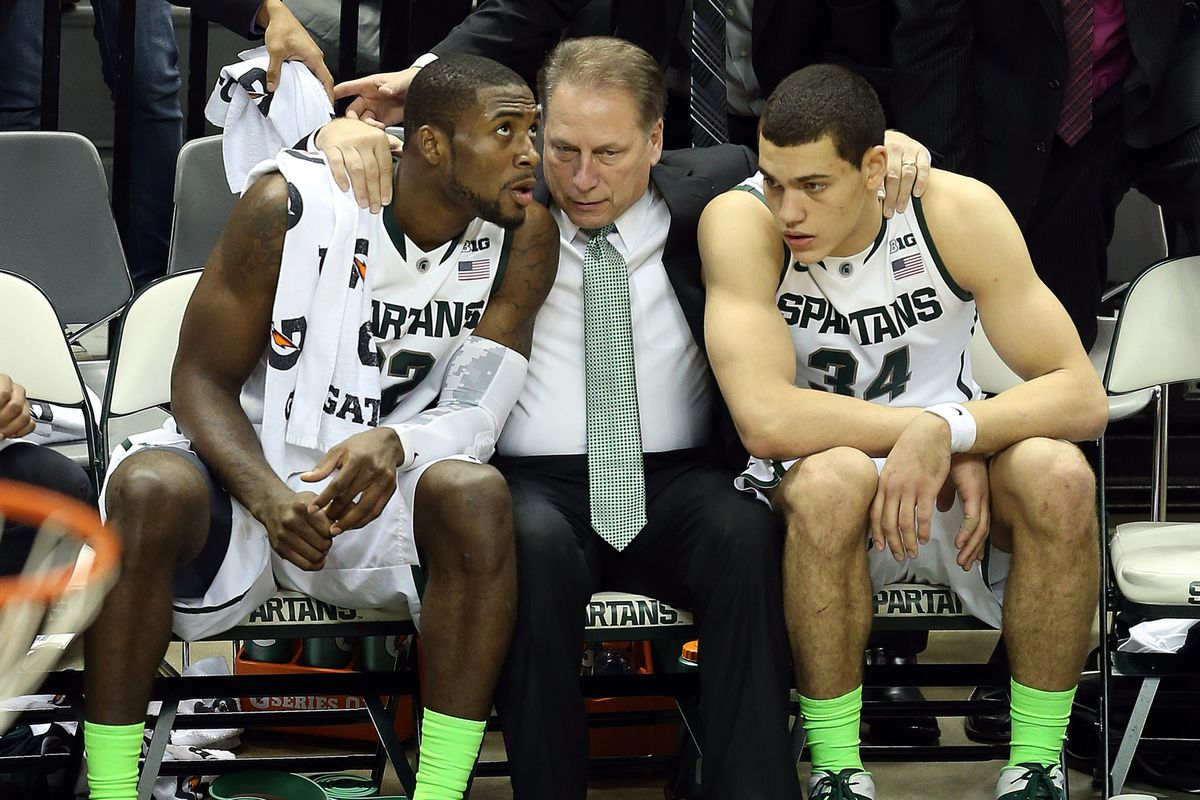 Tom Izzo and the Spartans are set to take on John Calipari and the Wildcats tonight in primetime.