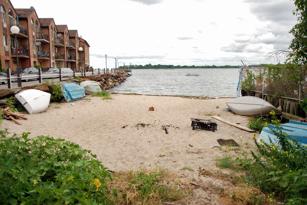 Visiting 20 of New York City's Hidden Beaches - Curbed NY