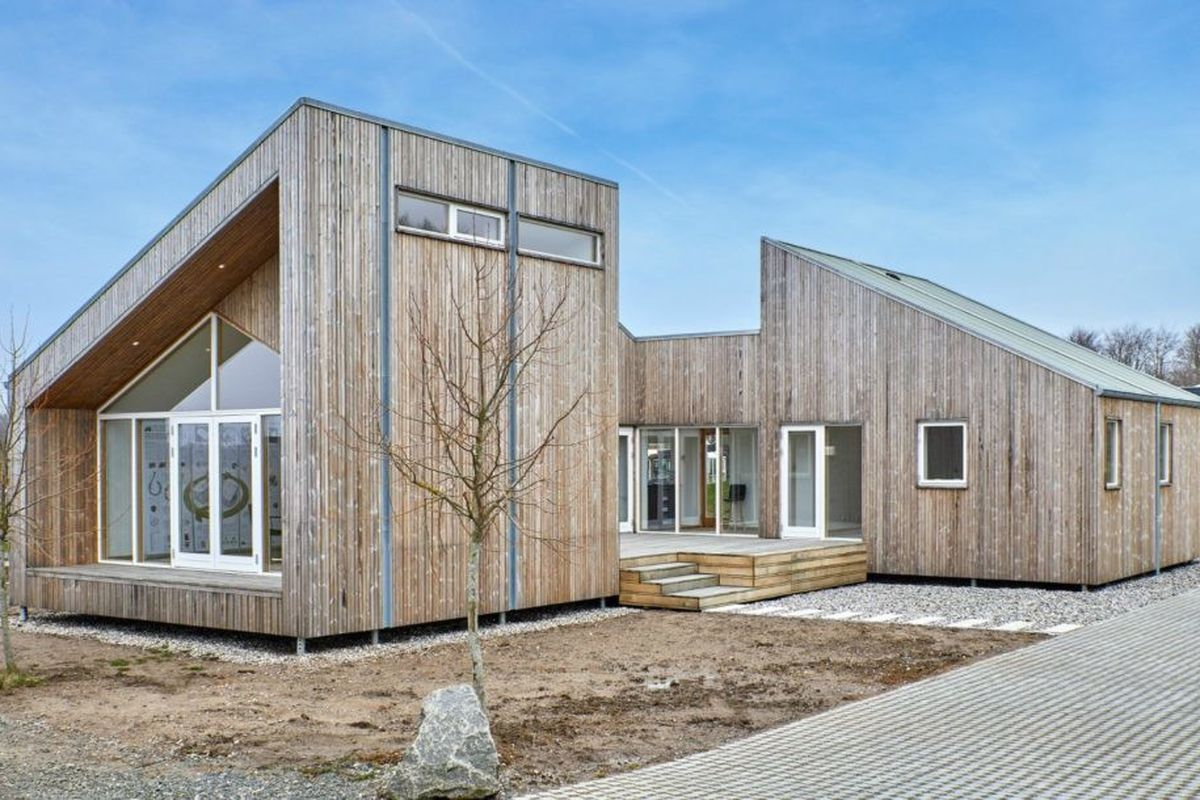 eco friendly modular home is built from upcycled agricultural waste