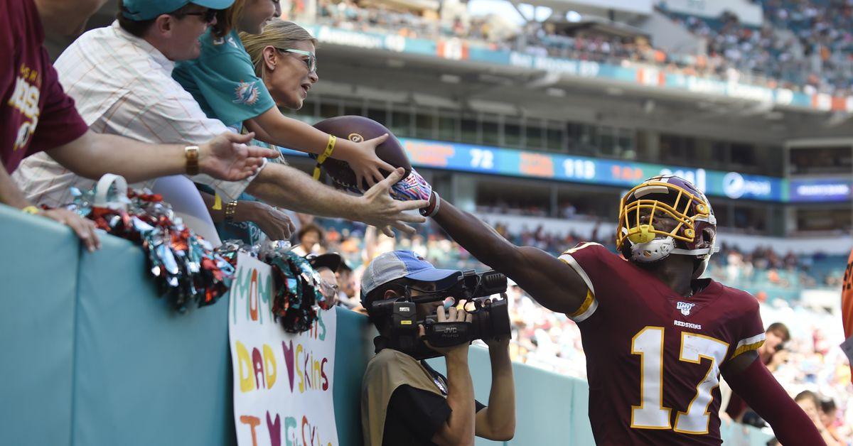 Redskins Survive, Escape With 17-16 over Dolphins