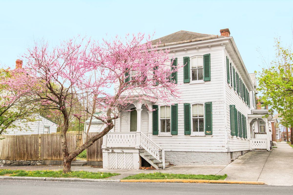 <p><strong>Status:</strong> Under Contract</p> <p>This Civil War-era house, located on a street corner in Martinsburg West Virginia, will be soon given a new owner. A buyer expressed interest in the house shortly after we posted it on thisoldhouse.com, but Stephanie Schupe, Marketing Manager for the Danbridge Reality Group, said thatit has taken a while to finalize the sale. Due to delays with requiredpaperwork, ownership is not yet finalbutSchupe assumes the would-be owners will close the d