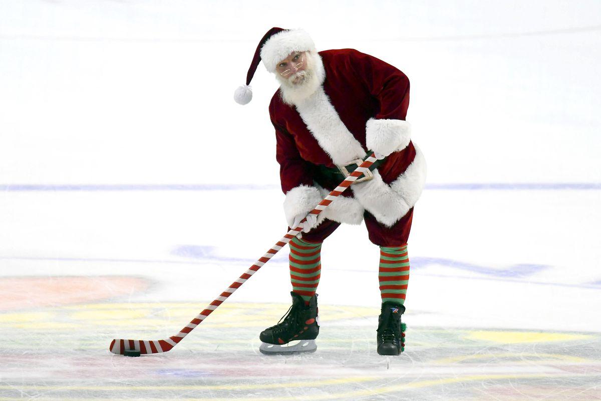NHL: DEC 23 Avalanche at Blackhawks