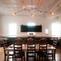3Crow Restaurant & Bar