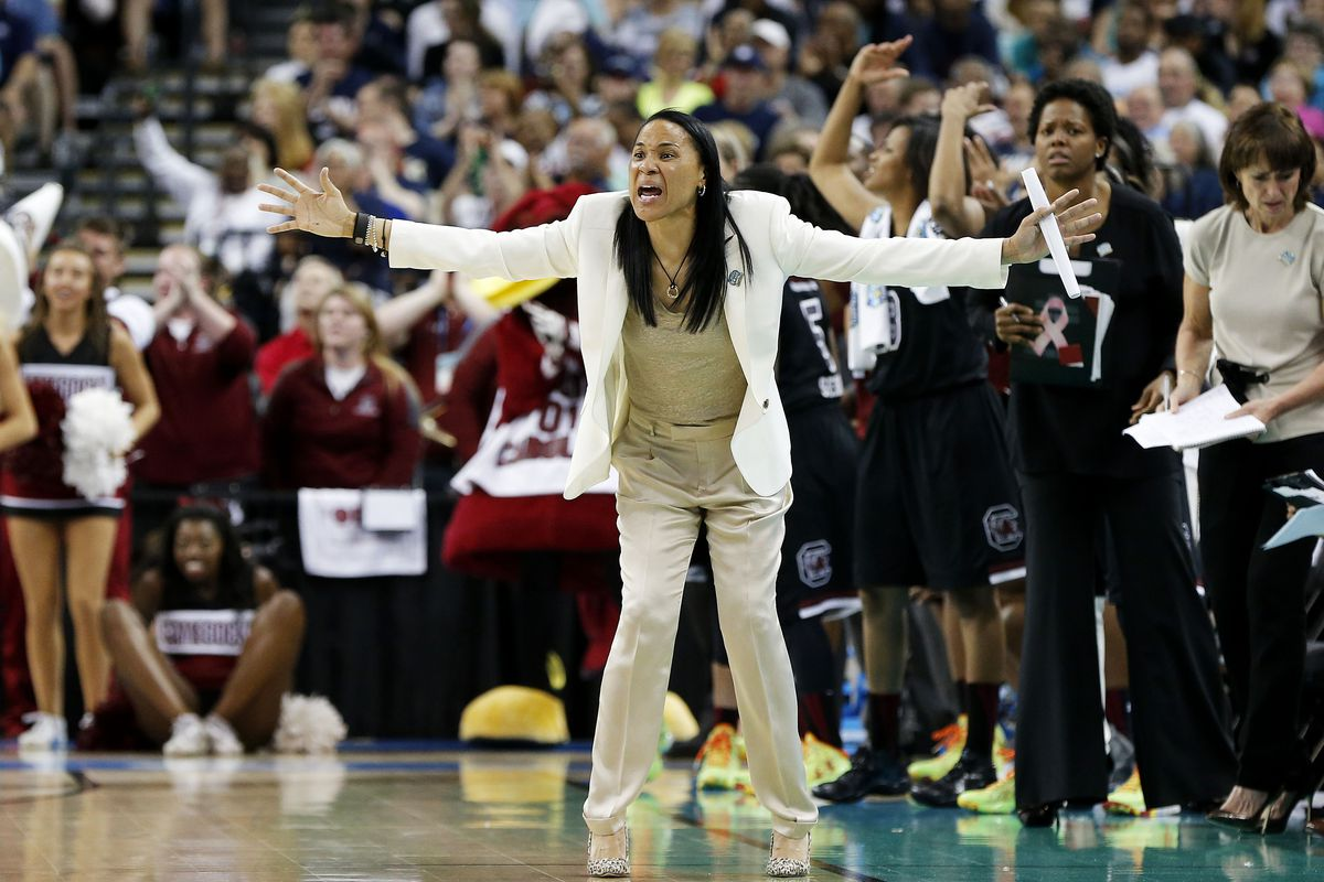 TAMPA, FL - APRIL 05:  Head coach Dawn Staley of the South Carolina Gamecocks reacts in the second half against the Notre Dame Fighting Irish during the NCAA Women's Final Four Semifinal at Amalie Arena on April 5, 2015 in Tampa, Florida.  (Photo by Mike Carlson/Getty Images)