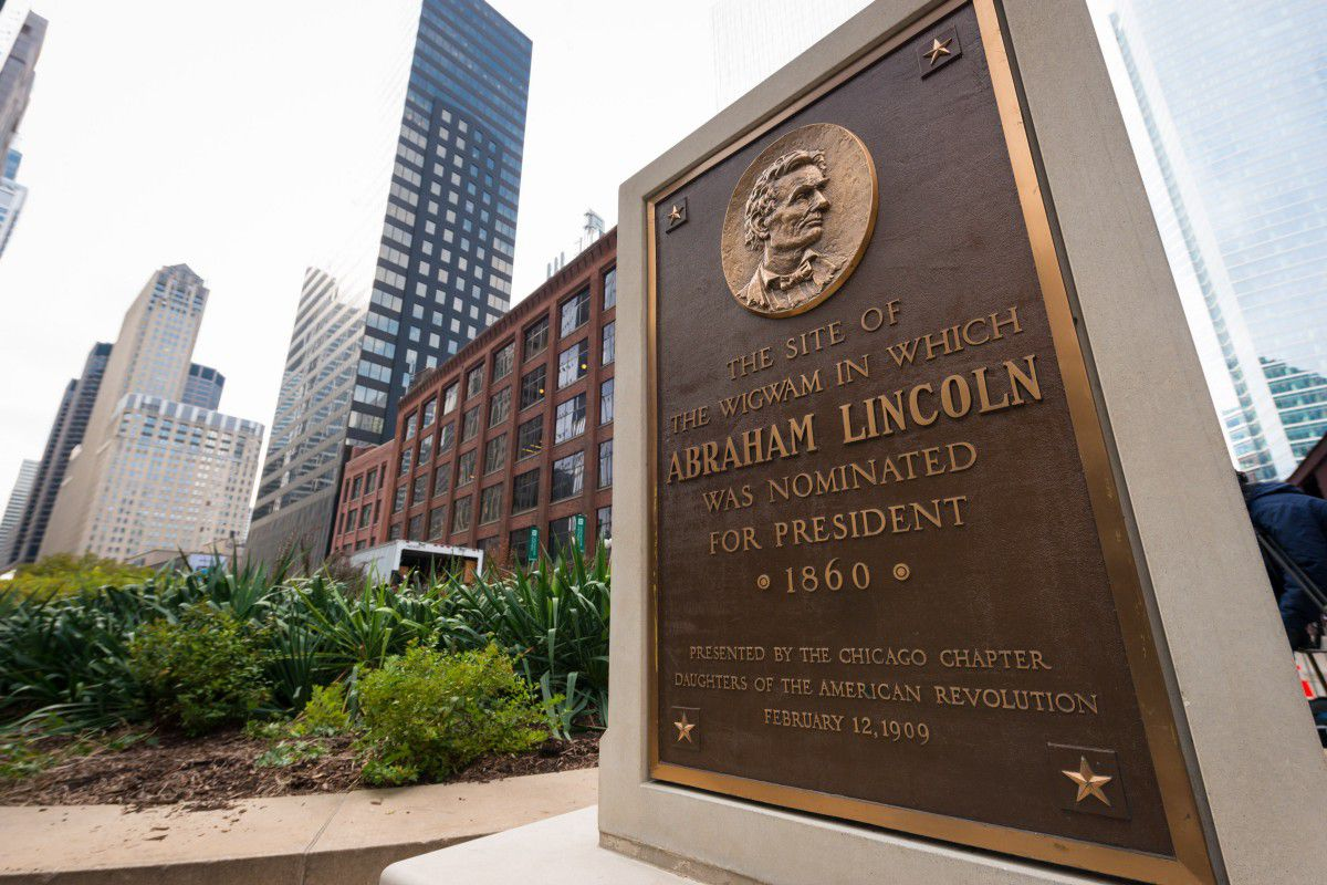 on the hotels lincoln michigan hero plaza congress ave chicago downtown hotel