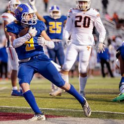 Orem's Joe Smith scores a touchdown in the 5A football state championship game against Timpview at Cedar Valley High in Eagle Mountain on Friday, Nov. 20, 2020.