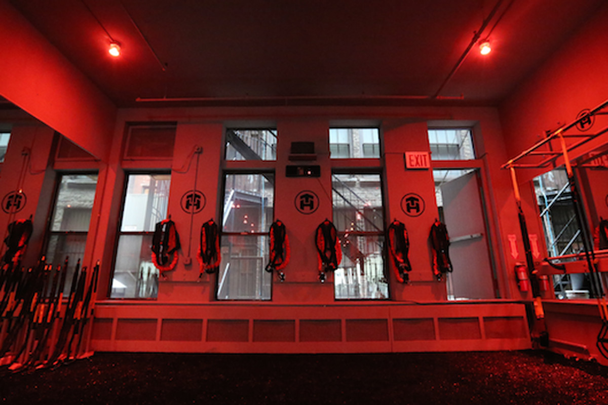 """Work your way up to those Tone House bungee cords. Photo: <a href=""""http://wellandgood.com/2014/04/02/does-this-new-fitness-studio-have-the-coolest-workout-toys-in-new-york-city/"""">Well + Good</a>"""