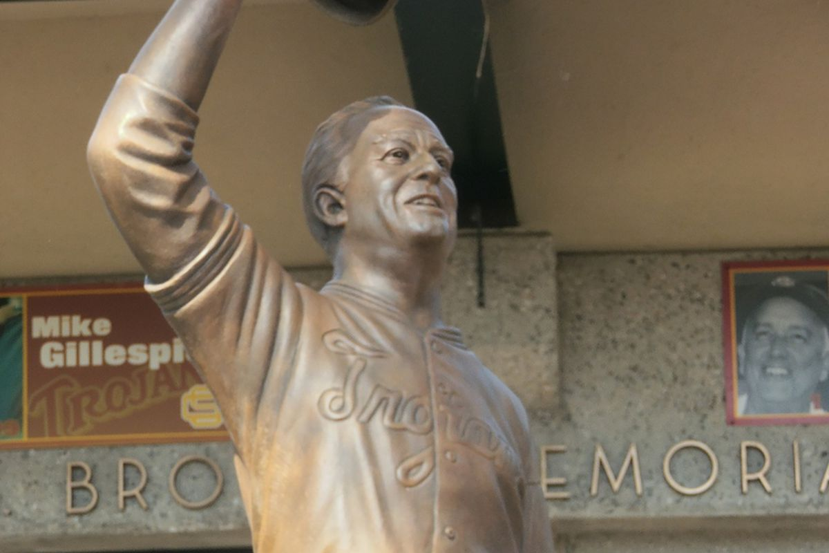 The new statue of legendary USC coach Rod Dedeaux