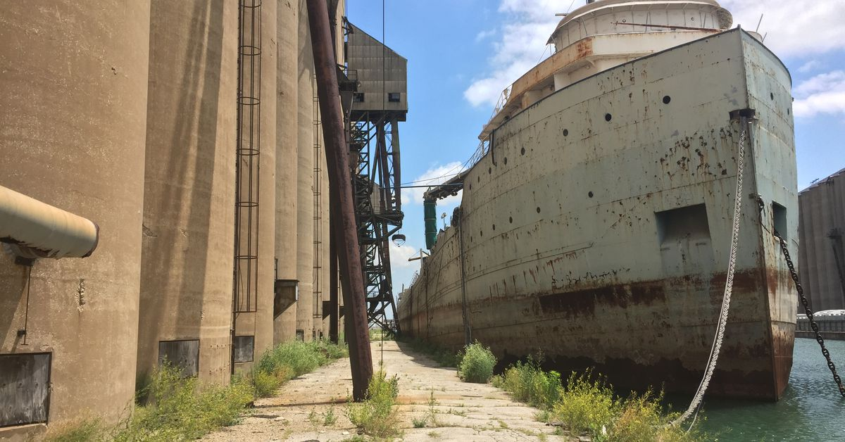 The Southeast Side is ripe for return to a day when there were no 'ghost ships'