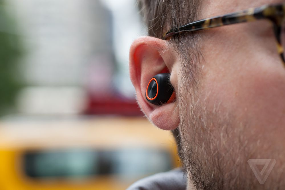 1d088cfbd5d The earbuds sync shortly after you put them in your ears and are fairly  straightforward to use. That said, every once in a while, one earbud (in my  case, ...