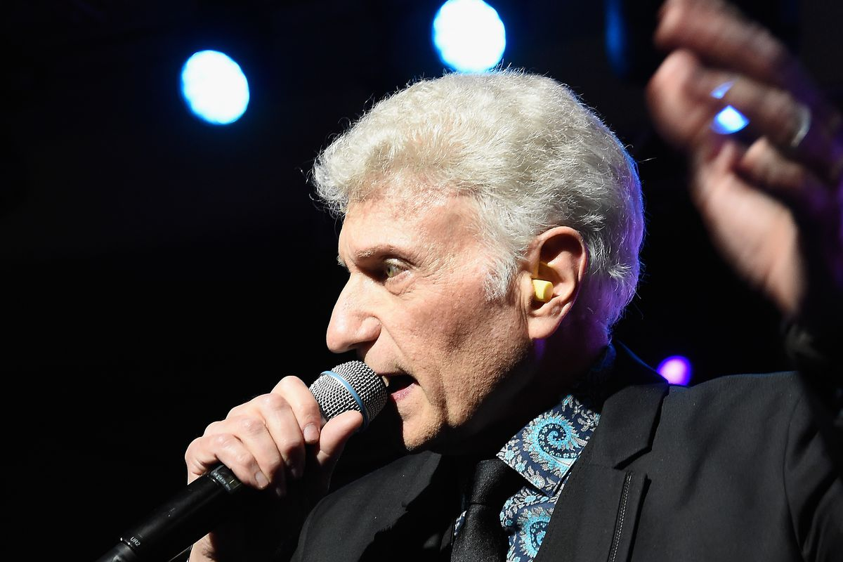 Former lead singer of Styx Dennis DeYoung performs onstage during the Unbridled Eve Gala during the 142nd Kentucky Derby in 2016 in Louisville, Kentucky.