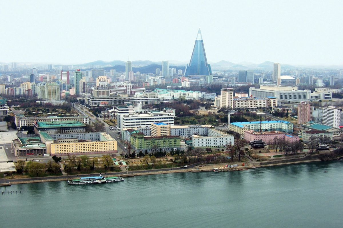 north korea pyongyang ryugyong (Maxim Tupikov / Shutterstock.com)