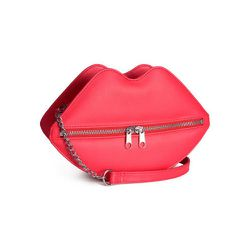 """<strong>H&M</strong> Shoulder Bag, <a href=""""http://www.hm.com/us/product/39429?article=39429-A"""">$24.95</a>"""