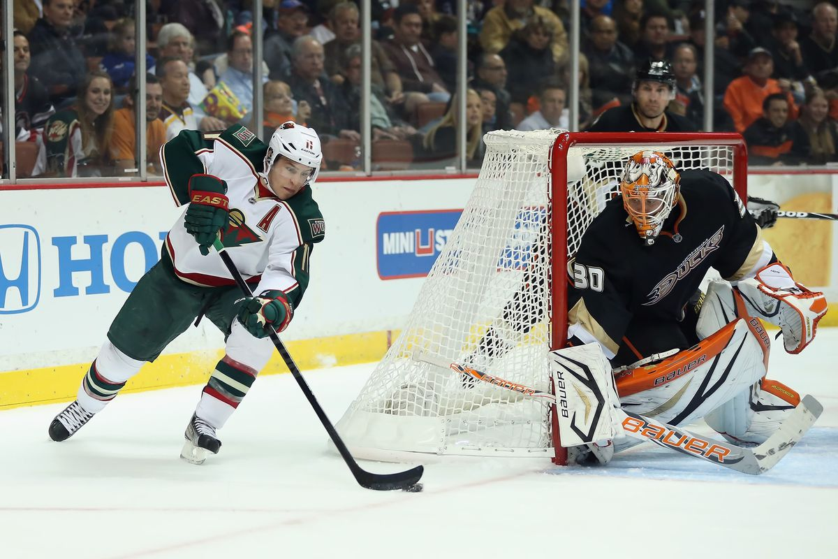Did that mask allow Fasth to watch the action in 3-D?