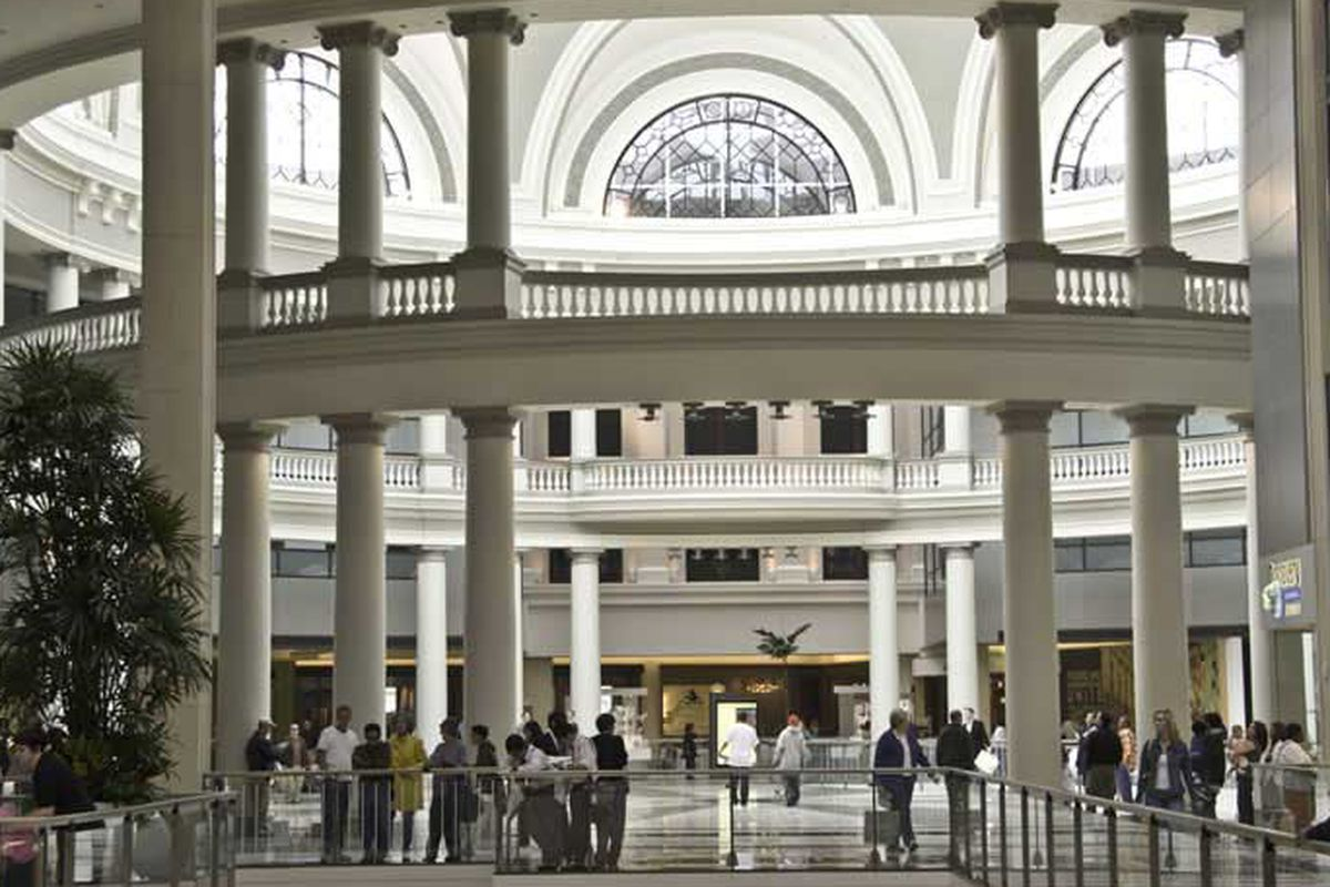 """Image via <a href=""""http://www.unionsquareshop.com/pages/SanFranciscsoCentre-Westfield.html"""">Union Square Shop</a>."""