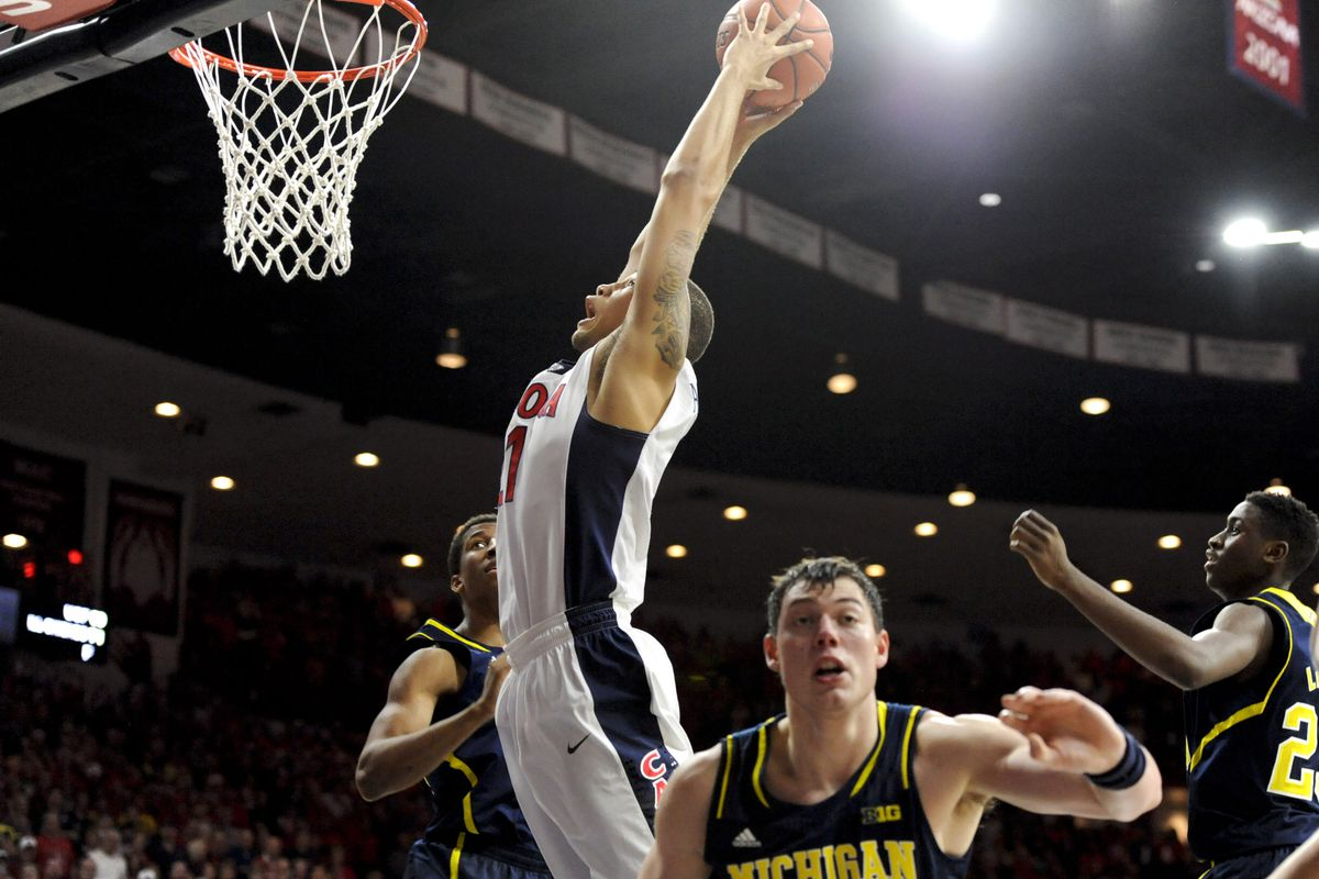 Michigan looked lost the entire game against Arizona