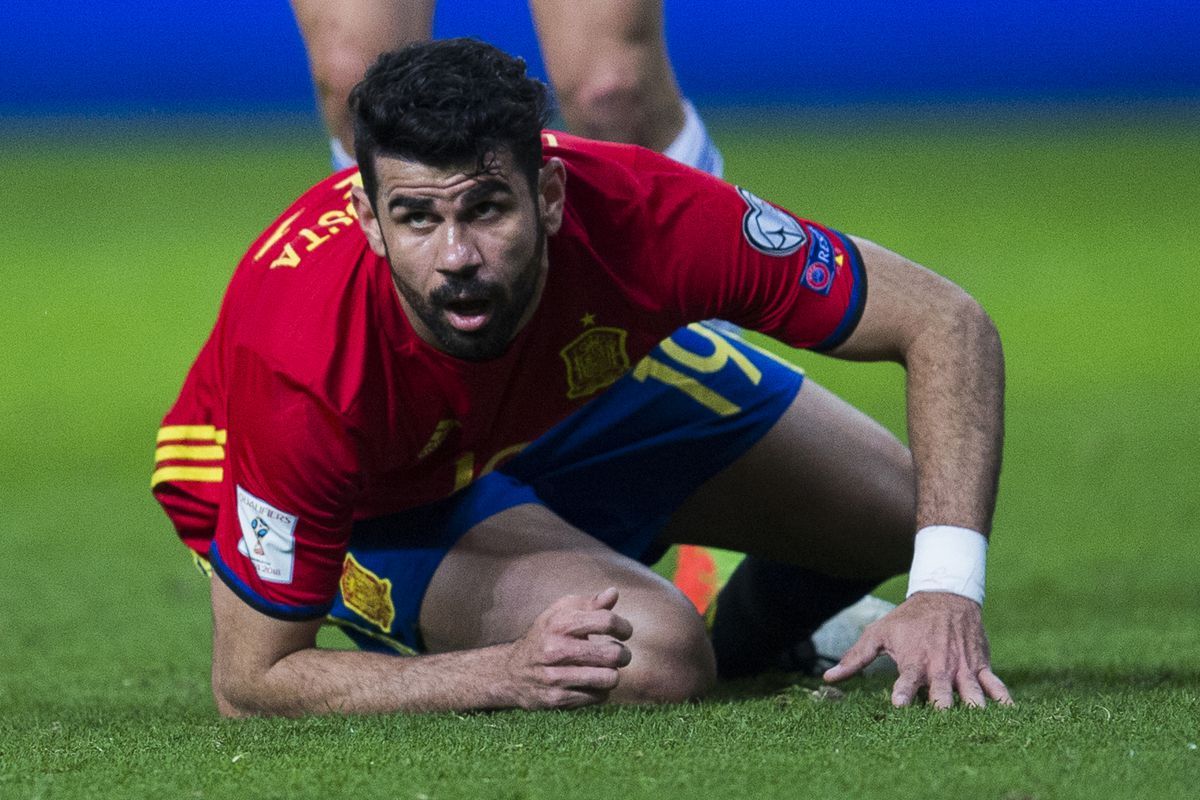 Chelsea's Diego Costa and Thibaut Courtois pick up injuries