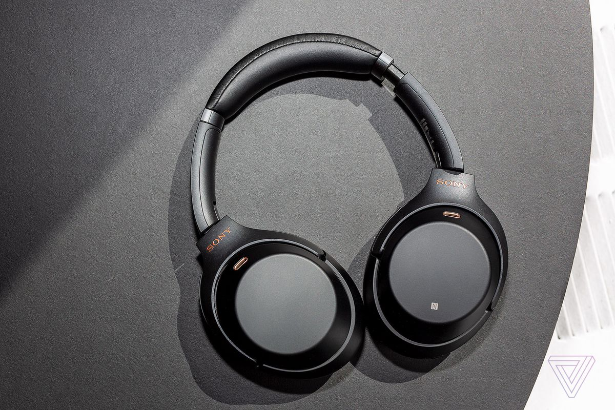 Sony S Wh 1000xm3 Wireless Noise Canceling Headphones Are 100 Off The Verge