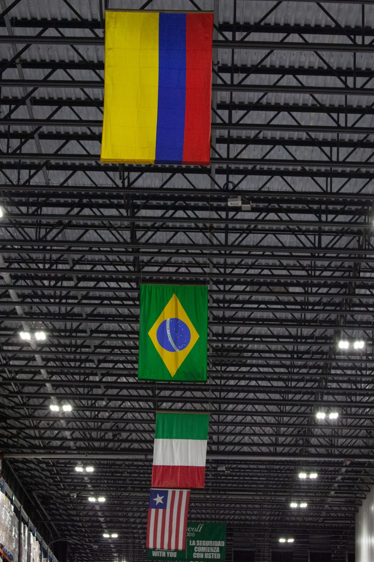 Flags represent food warehouse workers.