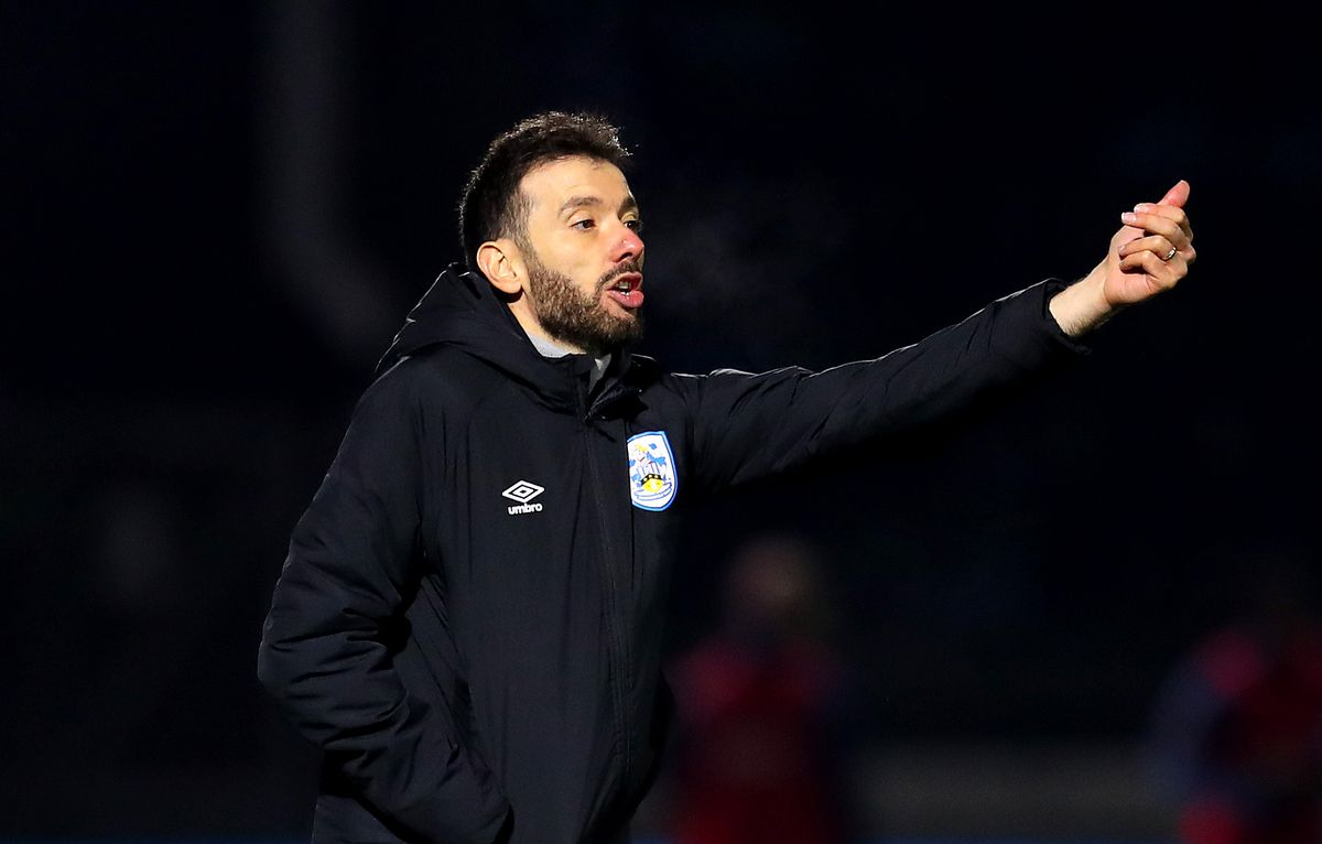 Wycombe Wanderers v Huddersfield Town - Sky Bet Championship