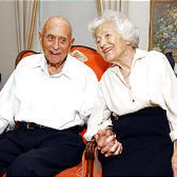 Elder David B. Haight and his longtime wife, Ruby, enjoy each other's company at their home on Elder Haight's 97th birthday, Sept. 2, 2003.