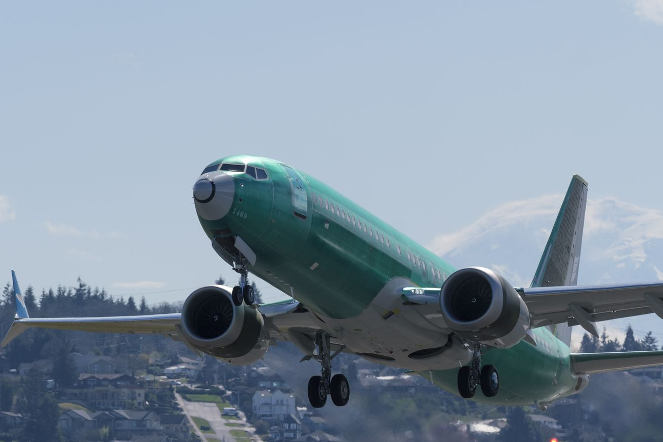 regulators have tentatively approved a software fix for boeing s 737 max airplane