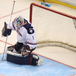 UConn's Tanner Creel (1) makes the save.