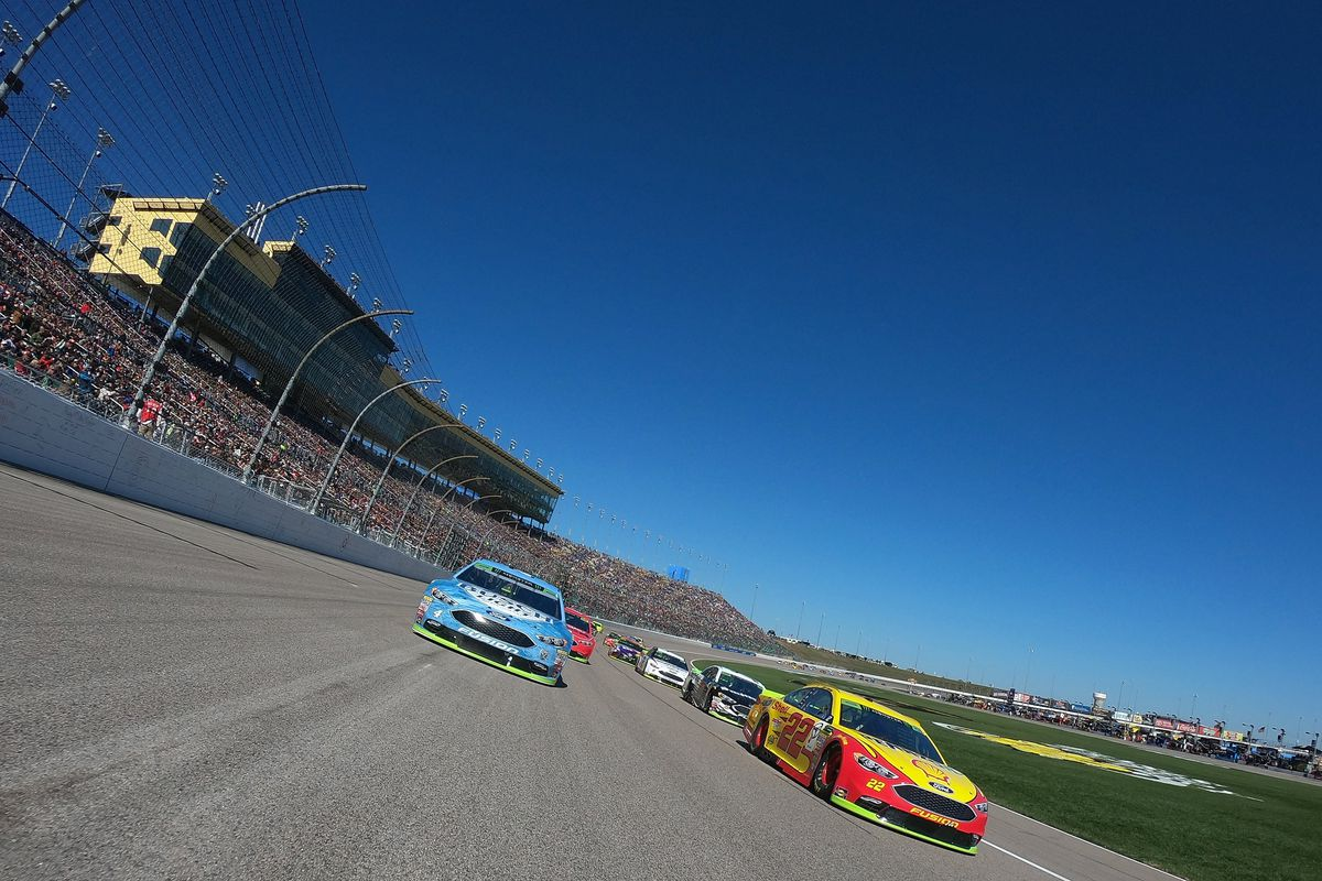 Monster Energy NASCAR Cup Series Hollywood Casino 400