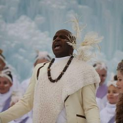 """Alex Boye performs in his latest YouTube video, """"Let It Go,"""" starring Lexi Walker and the One Voice Children's Choir."""