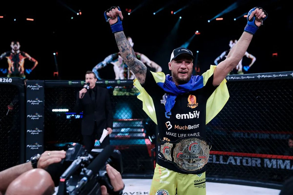 Yaroslav Amosov celebrating his Bellator welterweight title win over Douglas Lima at Bellator 260.