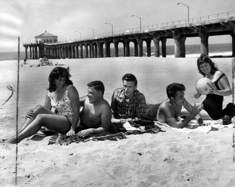 Manhattan Beach friends