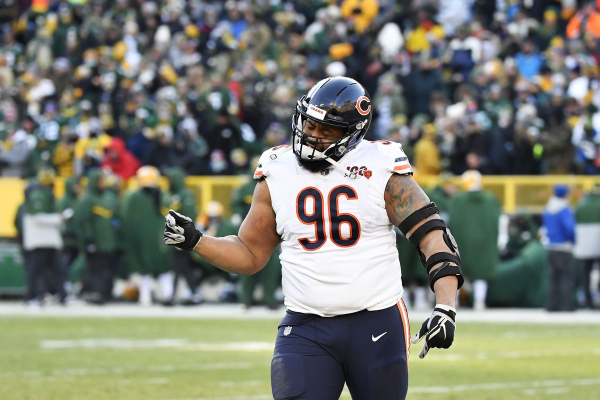 Bears defensive lineman Akiem Hicks is concerned about player safety because of the coronavirus pandemic.
