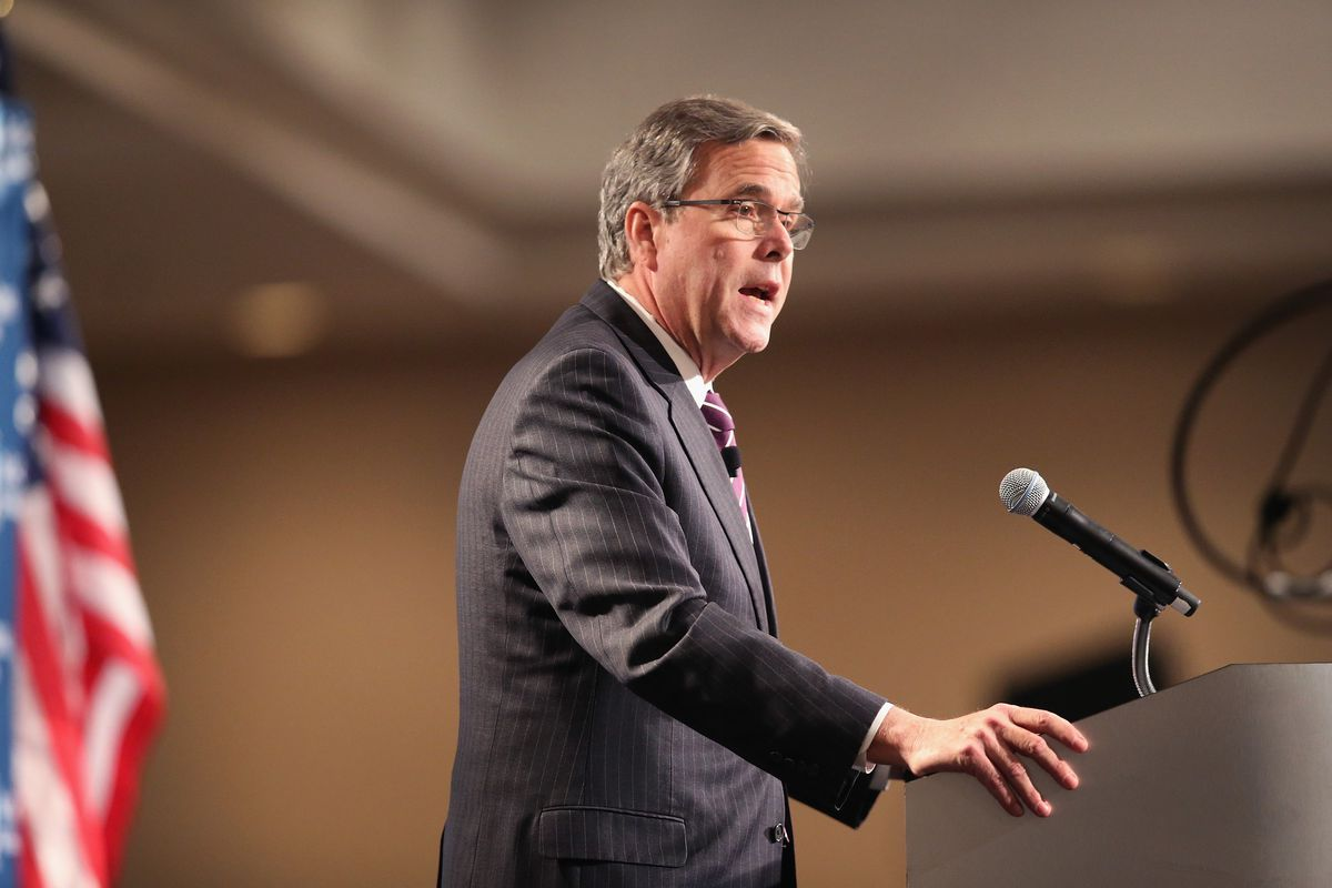 Former Florida Governor Jeb Bush speaks to guests at a luncheon hosted by the Chicago Council on Global Affairs on February 18, 2015 in Chicago, Illinois.