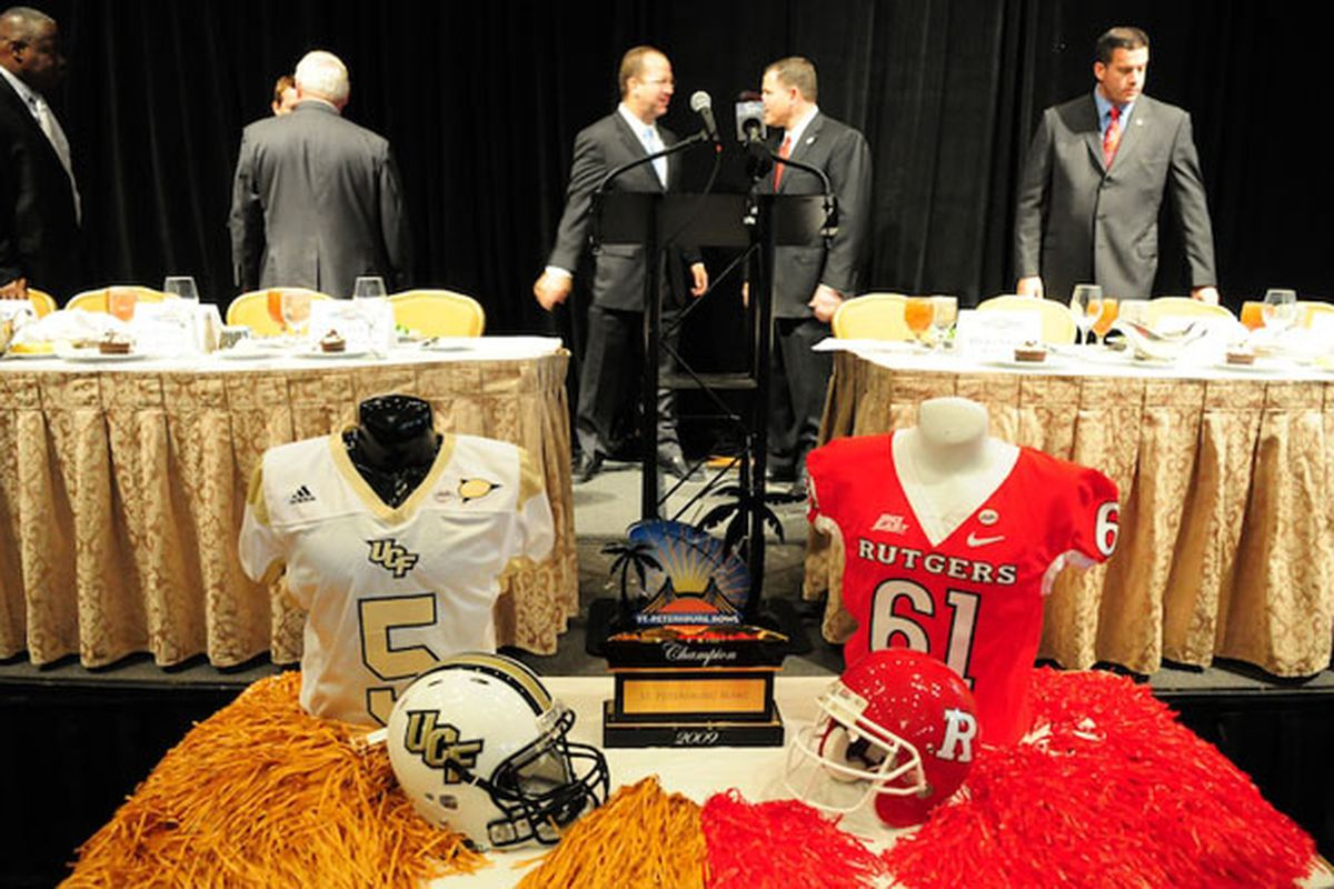 """College bowl games are about guys in suits having lunch, try not to eat too much. via <a href=""""http://www.stpetersburgbowl.com/images/0001.jpg"""">www.stpetersburgbowl.com</a>"""